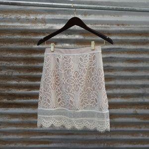 Lovers + Friends Beautiful White lace Mini Skirt